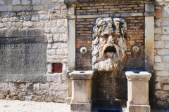 Sepino-fontana-del-mascherone