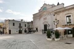 cassano-piazza-cattedrale